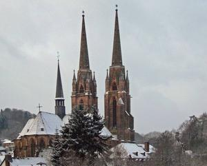 Elisabethkirche in Marburg im Winter