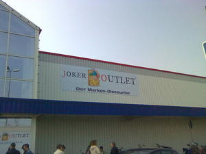Neueröffnung des Joker Outlet Center in Pattensen