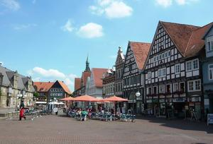 Der (belebte) Marktplatz