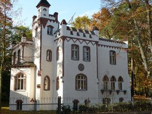 Villa Lademann, auch Lilienthal-Burg genannt, in Babelsberg (Potsdam)