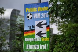 Brgerpark Seelze; Public Viewing - Deutschland bekommt einen Rffel...