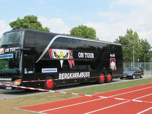 Der Bus eines Football Teams aus Malm