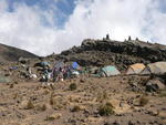 Lagerleben am Mawenzi Tarn Camp, 4300 m