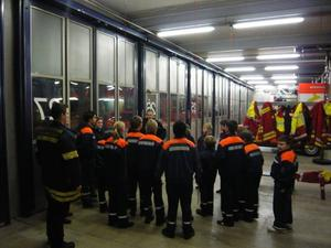 Jugendfeuerwehr Hannover-Davenstedt besucht die Berufsfeuerwehrwache 1