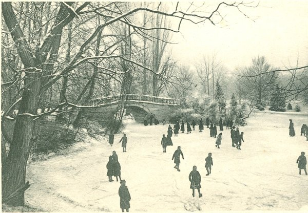 Eisvergngen im Georgengarten bei der Augustenbrcke 1908