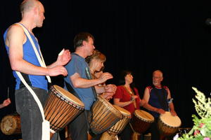Die Trommel ruft! Rufen Sie zurck!!! Djembe! Schule Mnchen