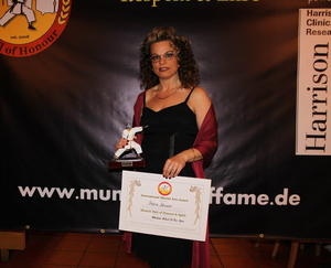 Petra Kinzer geehrt als 'Martial Artist of the Year'
