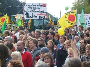 26. Mrz 2011, 14:00 Uhr - Fukushima mahnt - Grodemo in Mnchen, Odeonsplatz