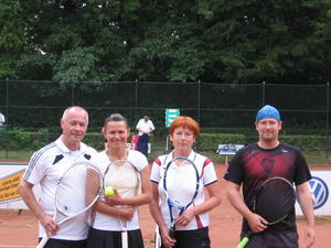 Weber/Altmann gewinnen 1.Lehrter Mixed Cup