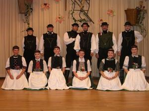Tnzer des Altenburger Folkloreensemble im Trainingslager
