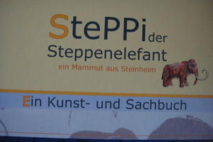 Steppi der Steppenelefant