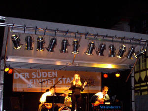 Strawberry - Jazz & Swing live beim Eulenmarkt in Peine - www.strawberry-jazz.de
