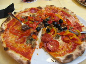  Urlaub - Sdtirol - Naturns - was essen wir? Natrlich Pizza!
