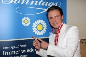 Immer wieder sonntags . . . Stefan Mross, der Entertainer startet mit einer neuen Staffel in den ARD-Sommer 2012