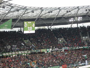 . . . 1:0 fr Hannover 96 . . .