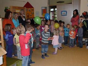 SENSATIONELLE MUTTER-/VATERTAGSFEIER IM Kindergarten ZGV