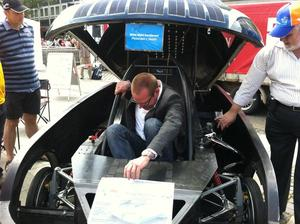 Solarmobil kommt auf Weltumrundung am 01.06.12 nach Hannover!