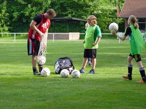 Fussballschnuppertraining beim SV.Esperke Teil.2