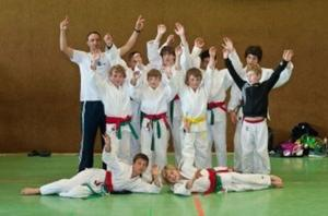 Die erfolgreiche U14 des Judo-Club Godshorn. Die Freude ber Platz 3 ist gro!