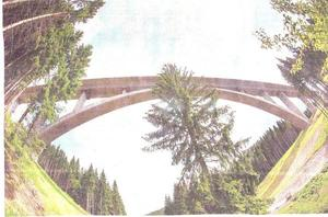 Die hchste ICE-Brcke in Thringen (Foto dpa,Text OVZ 31.05.2012)