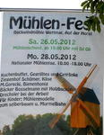 Plakate an der Straenrndern machten auf das 'doppelte' Mhlenfest aufmerksam.