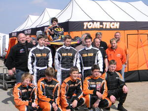TOM TECH Raicing Team