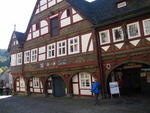 . . . das Rathaus in Schwalenberg . . .