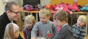 Licht liest im katholischen Kindergarten!