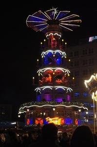 Besinnlicher Weihnachtsmarkt am Roten Rathaus besucht hatten....,(Ich war positiv berrascht)