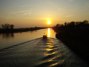 Sonnenuntergang am Mittellandkanal