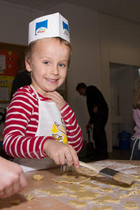 Friedberger Advent 2012 - Hochbetrieb in Schwabs Kinderbackstube