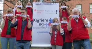 Jobs? Wir bringen auch SIE zum Lcheln: @ Karrieretag Soest!!
