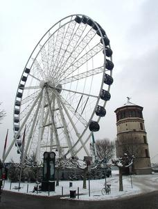 Das Riesenrad wird abgebaut