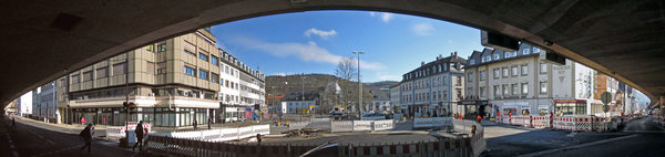 Das Panoramafoto vom Marburger Bahnhofsplatz besteht aus 6 einzelnen Bildern.