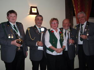 Schtzenverein Schwblingsen proklamiert die Winterknige 2013