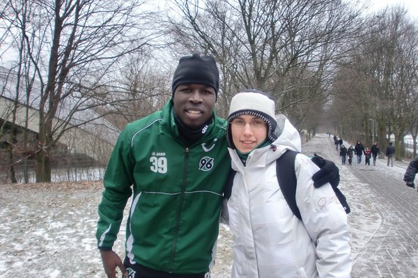 Ich mit Mame Diouf ( Spieler von Hannover96 )