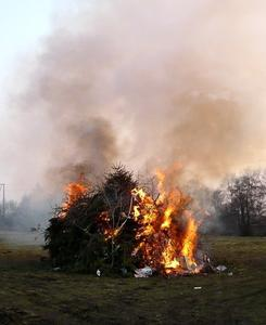 Osterfeuer in Ostfriesland