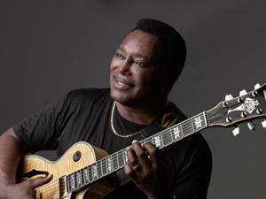 George Benson & special guest: Charles Bradley