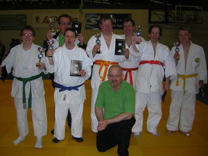 Je Judoka ein Pokal - Garbsener/Seelzer G-Judo in Beverwijk (Niederlande)