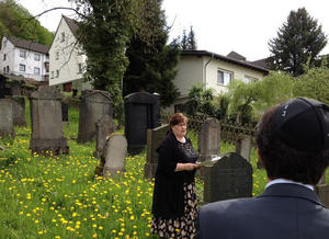 Fhrung jdischer Friedhof in Linz am Rhein am 05.05.2013 um 15:00 Uhr