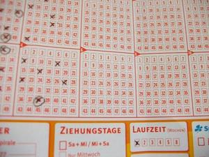 Lotto - spielen ab Mai teurer !