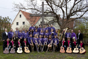 Stimmungsvolles Konzert des Posaunenchor Grosselfingen und der Gitarrengruppe 'Vielsaitig'