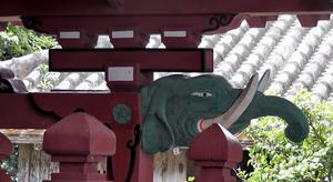 Detail am Shinto-Schrein: Gongen-do
