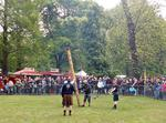 Tossing The Caber (Baumstammwerfen)