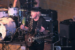 Blues Garage 25.10.2014 ,'Martin Barre & Band '