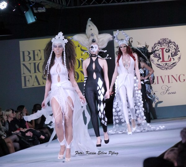 model, mode, fashion-week, stage