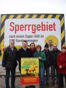 Atomkraft-Mahnwache in Donauwörth am Dienstag, den 7. April 2015