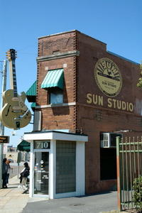 Sun Studio. Foto Wikipedia Commons by Jeremy Atherton, 2002. CC BY-SA 2.5.jpg