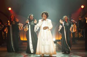 Zum Abschied ein Best-Of Feuerwerk  The Harlem Gospel Singers mit  Queen Esther Marrow am 28. Januar im  Ulmer Congress Centrum