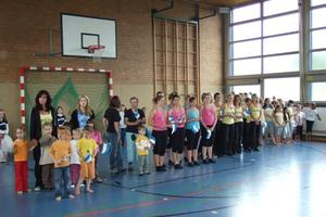 Turn- und Tanzshow in Bordenau